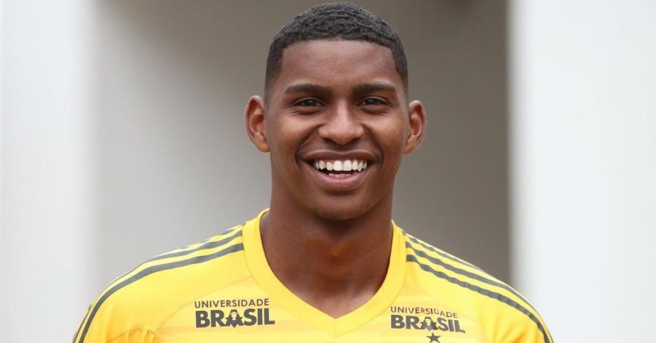 Goleiro Hugo, do Flamengo, foi convocado por Tite