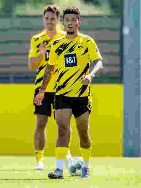 Jadon Sancho recebeu elogios de Ryan Giggs, ídolo do Manchester United que disse que o contrataria - Alexandre Simoes/Borussia Dortmund via Getty Images