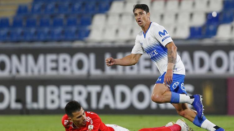 Zombie Inter - Alex Reyes / Conmepol - Universitad Catalica celebra gol contra Alex Reis / Conmepol