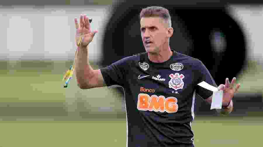 Técnico do Corinthians vai para o quinto jogo hoje (31), às 19h, contra o Internacional, na Neo Química Arena - Rodrigo Coca
