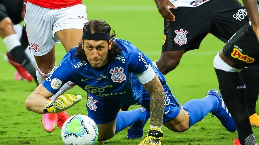 GoleiroCássio fez boas defesas durante o duelo Inter x Corinthians no Beira Rio e garantiu o 0 x 0 no placar - Pedro H. Tesch/AGIF