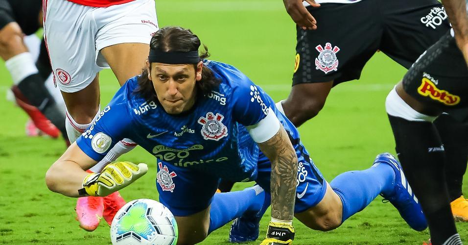 Cássio fez boas defesas no segundo tempo no Beira Rio
