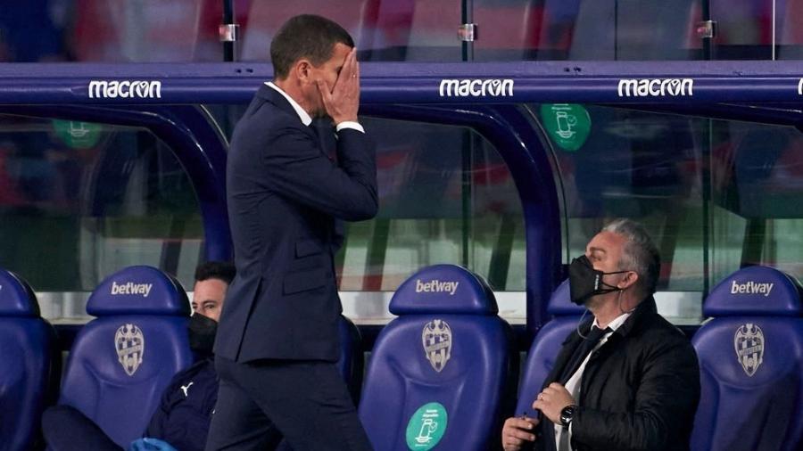 Javi Gracia é demitido do Valencia após o time perder do Barcelona por 3 a 2 em casa - Quality Sport Images/Getty Images