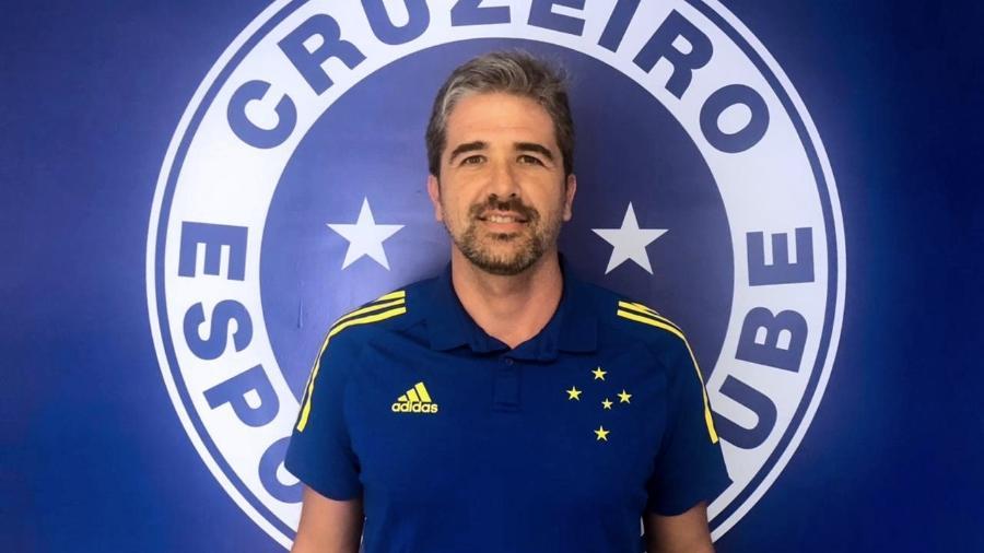 Antes mesmo de ser oficializado, Rodrigo Pastana já chegou com rejeição da torcida no Cruzeiro - Divulgação/Cruzeiro