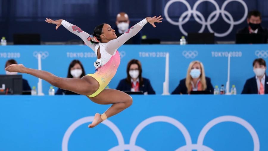 Ginasta Rebeca Andrade na final do solo nos Jogos Olímpicos de Tóquio - Ricardo Bufolin/CBG