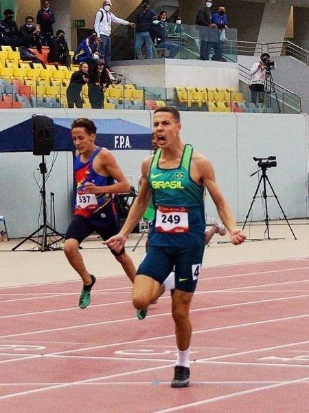 Gabriel dos Santos, 18 anos, promessa dos 400m com barreiras - Atletismo Paranavaí