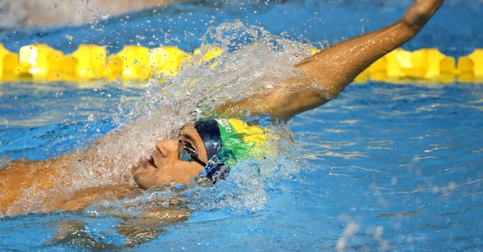 Leonardo de Deus ficou na segunda colocação na bateria eliminatória dos 200m costas