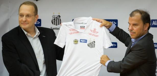 Santos não tem um patrocinador master desde o fim de 2012 após saída do BMG