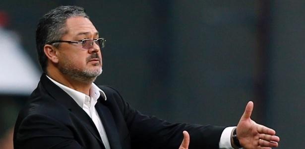 Rogério Micale é uma das opções da diretoria do Atlético-MG para o lugar de Roger