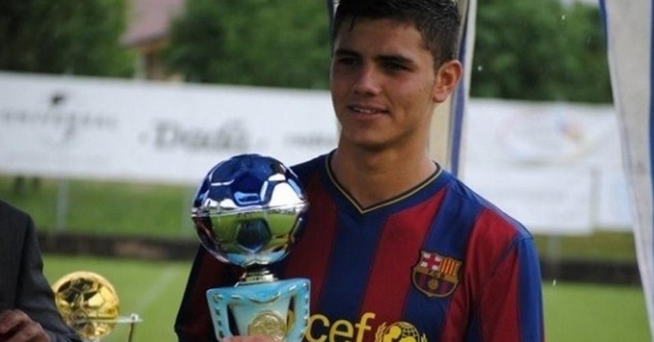 Mauro Icardi em seus tempos de Barcelona, na juventude