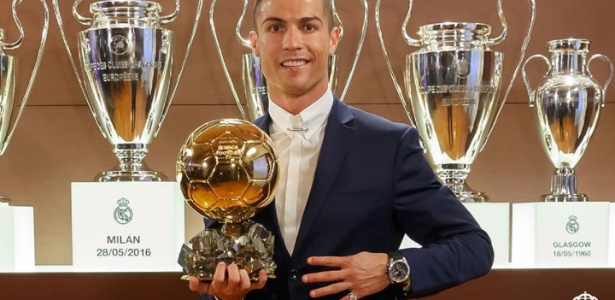 Cristiano com a Bola de Ouro: desabafo em entrevista para France Football   - Divulgação/Real Madrid