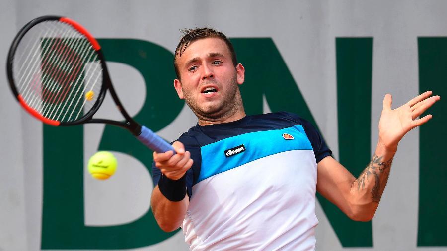 Daniel Evans passou por exames no dia de jogo contra o brasileiro Thiago Monteiro no ATP 500 de Barcelona; britânico assume uso, mas diz não ter relação com competições - François Xavier/AFP Photo