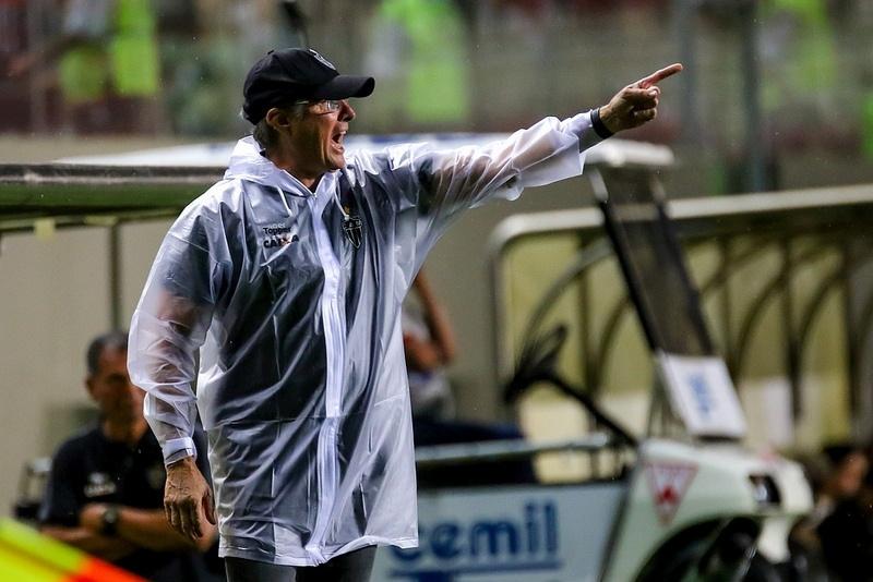 Resultados dão força para Oswaldo de Oliveira dentro do Atlético-MG