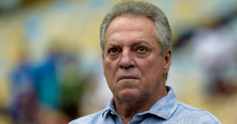 Abel Braga elogiou postura do Fluminense contra o Cruzeiro