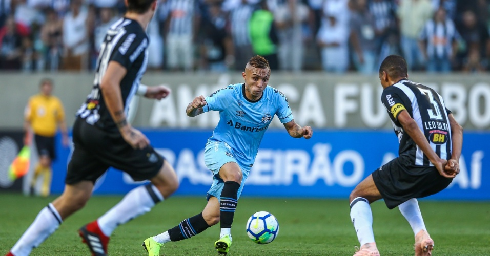 Everton, durante jogo entre Grêmio e Atlético-MG