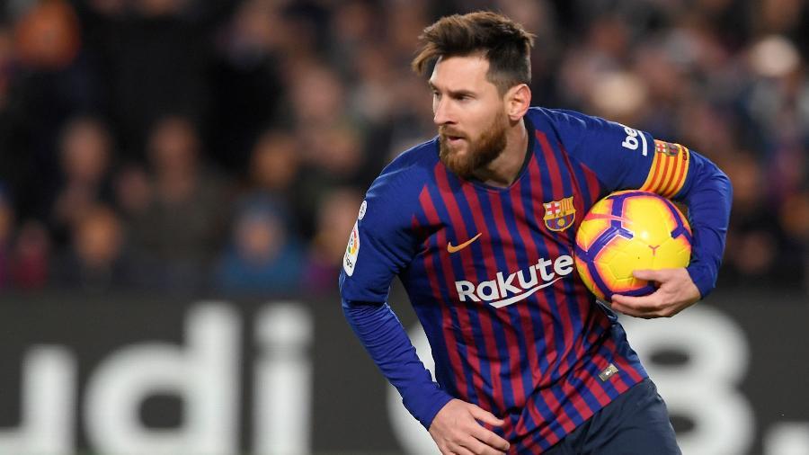 Messi durante partida do Barcelona contra o Valencia -  LLUIS GENE / AFP