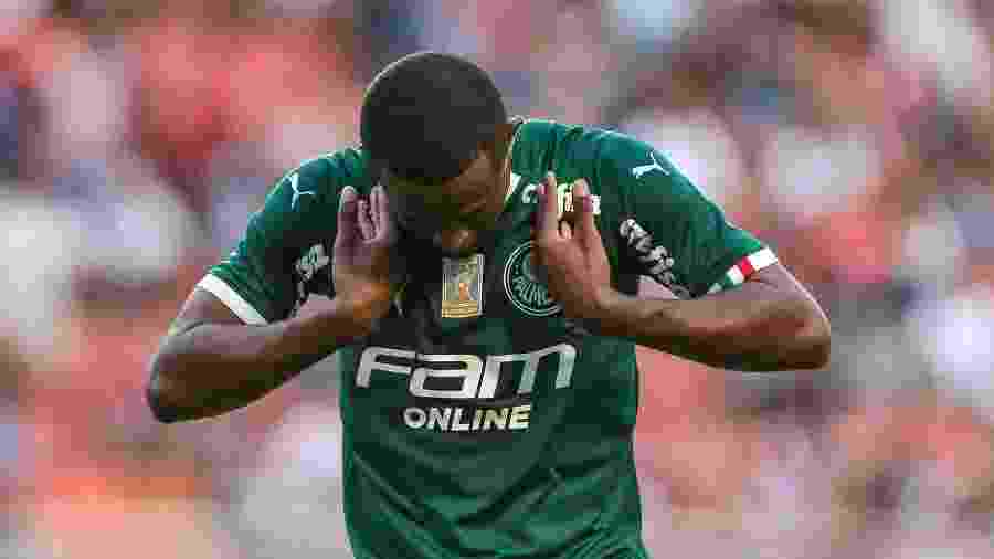Autor do gol palmeirense sobre o São Paulo no domingo (16), Carlos Eduardo retoma a confiança após receber críticas no Palmeiras - Ale Cabral/AGIF