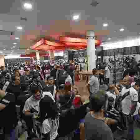 Torcedores do Vasco em fila para se associar na loja do clube em São Januário - Rafael Ribeiro / Vasco
