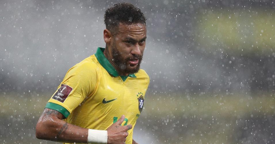 Neymar, durante a partida entre Brasil e Bolívia, pelas Eliminatórias