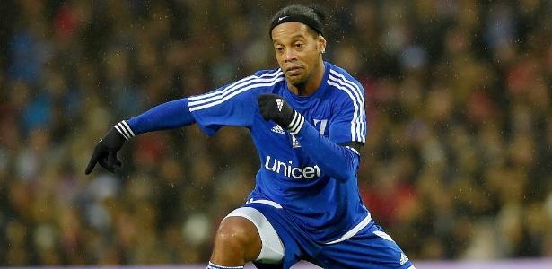 Ronaldinho não aceitou a proposta feita pelo Leicester