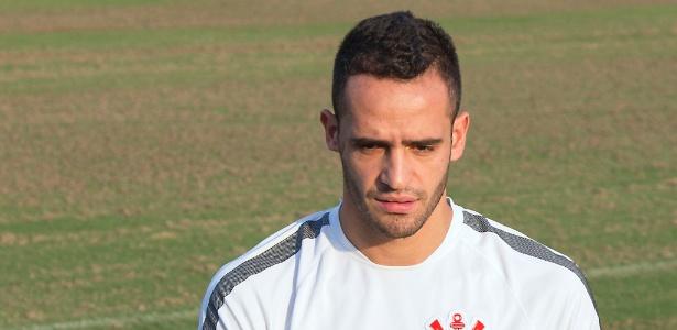 Renato Augusto foi um dos jogadores a deixar o país