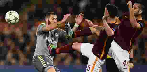 Roma perdeu primeiro jogo das oitavas por 2 a 0 e enfrenta crise entre Totti e treinador - Filippo Monteforte/AFP Photo