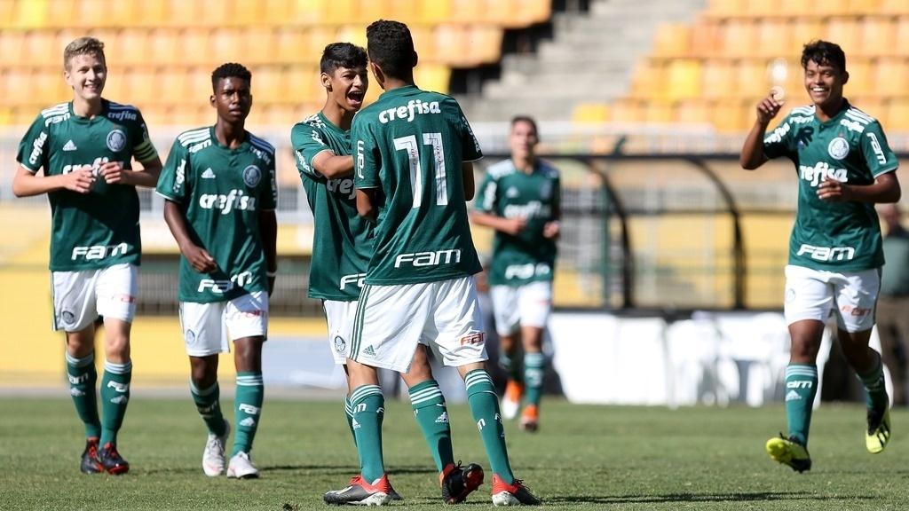 b5c59d4694 Base do Palmeiras termina 2018 com recordes de títulos e convocações -  Esporte - BOL