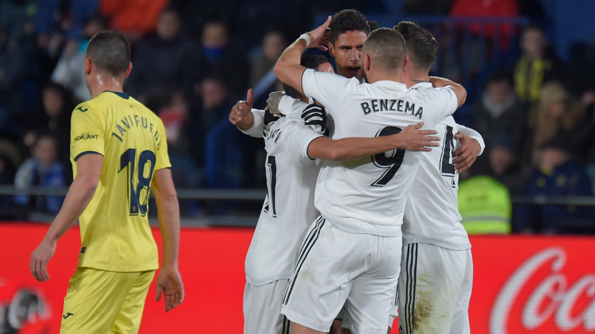 Jogadores do Real Madrid comemoram gol contra o Villarreal