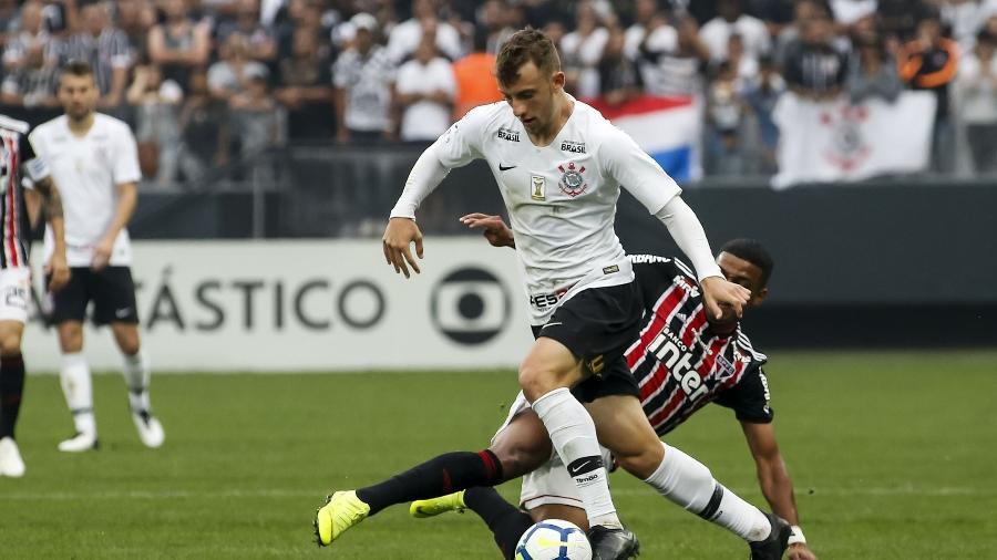 Lateral terminou 2018 como titular, deixando Danilo Avelar no banco - Rodrigo Gazzanel/Ag. Corinthians
