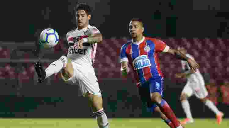 Pato em jogo contra o Bahia - Marcello Zambrana/AGIF - Marcello Zambrana/AGIF