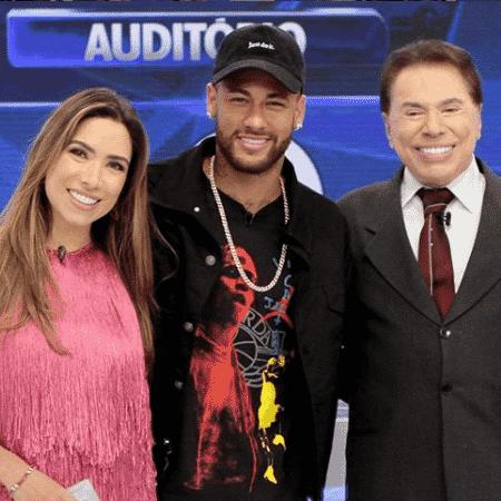 """Neymar posa ao lado de Patrícia Abravanel e Silvio Santos após participação no """"Jogo das 3 pistas"""" - Reprodução/Instagram"""