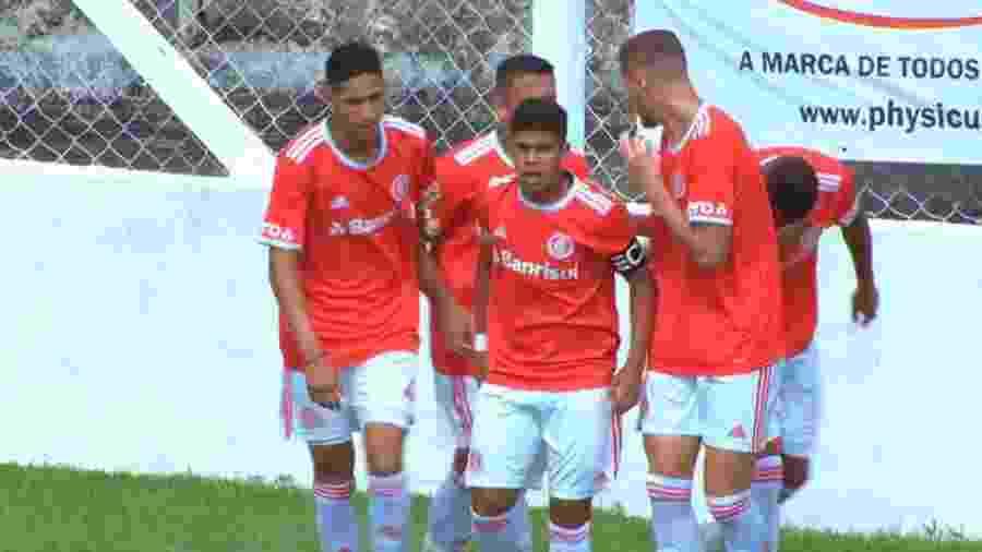 Cesinha, capitão e camisa 10 do Internacional, pode ir para o Botafogo - Reprodução/SporTV