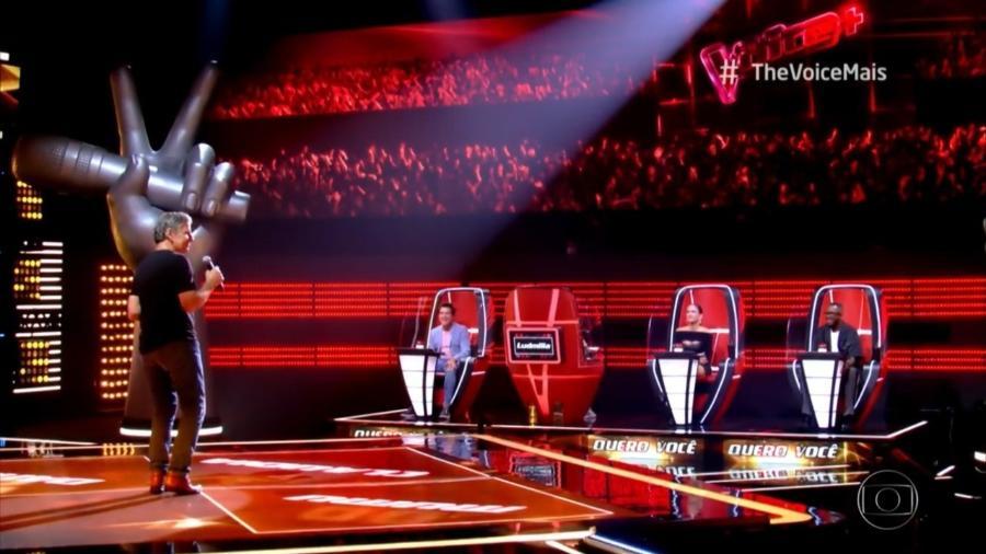 Daniel e Claudia Leite viraram a cadeira para João Canalha no The Voice+ - Reprodução/TV Globo