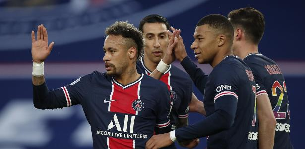 4 a 0 no Francês   PSG vence Reims com gol de Neymar e segue vivo na briga pelo título