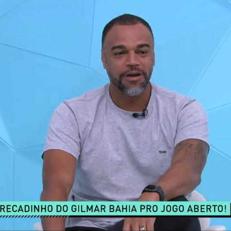 Denílson se emocionou no Jogo Aberto após mensagem do jogador Gilmar Bahia, do 4 de julho - Reprodução/TV Band