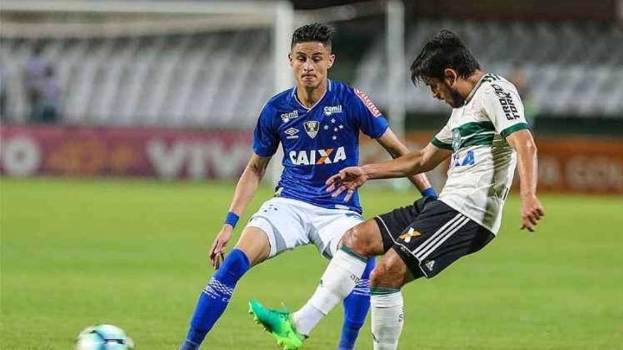 Cruzeiro e Coritiba se enfrentaram pela última vez em 2017, quando os clubes ainda estavam juntos na Série A - Geraldo Bubniak/LightPress/Cruzeiro