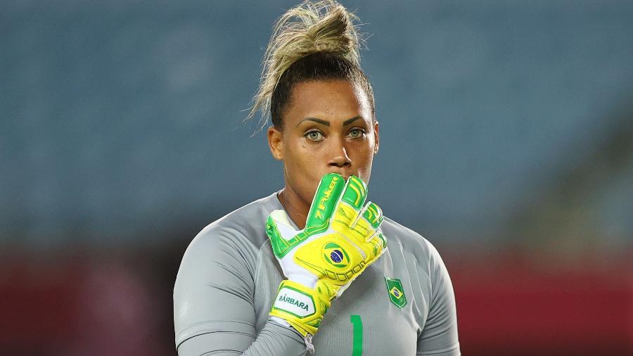 Bárbara, goleira do Brasil, durante jogo contra a Holanda pelas Olimpíadas - Amr Abdallah Dalsh/Reuters