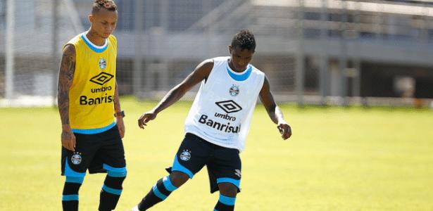 Bolaños participa de treinamento do Grêmio e poderá estrear diante da LDU