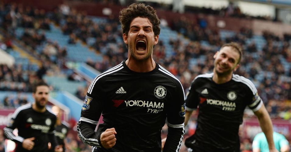 02.abr.2016 - Alexandre Pato comemora seu gol, logo na estreia pelo Chelsea, na partida contra o Aston Villa