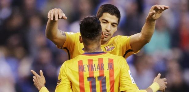 Suárez jogou com Neymar no ataque com Barcelona