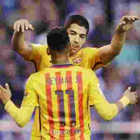 Reedição da parceria? Neymar e Suárez atuaram juntos no Barcelona - Miguel Vidal/Reuters