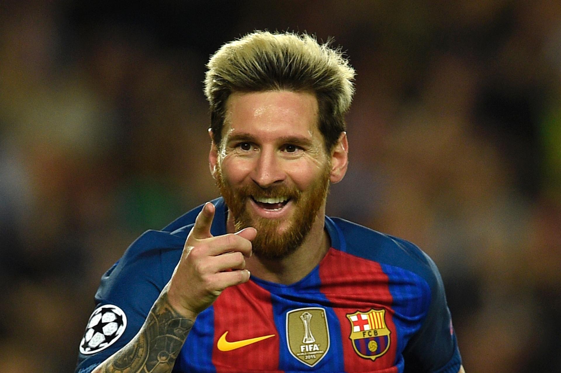 Barcelona bate Valencia com gol de Messi no último lance e assume liderança  - 22 10 2016 - UOL Esporte ceefaa30f453d