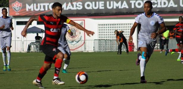 Cleiton Xavier já fez 5 gols em 2017, incluindo o amistoso contra o Atlântico