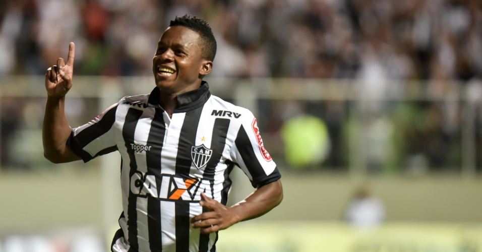 Cazares abriu o placar para o Atlético-MG contra o Botafogo