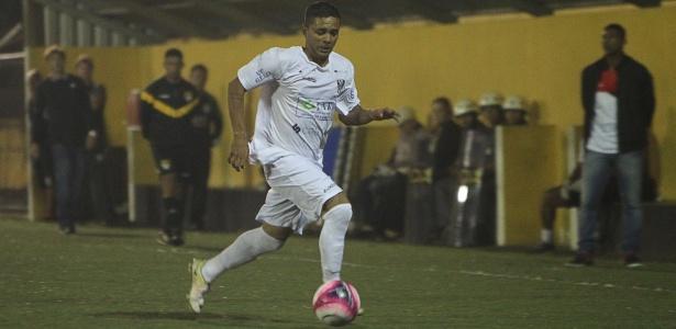 Marcos Nunes em ação pelo EC São Bernardo