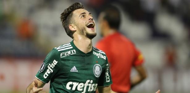 Hyoran tem ganhado espaço no Palmeiras e recebeu elogios de Roger