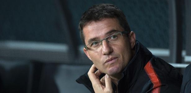 Osmar Loss comandou o Corinthians nos últimos seis jogos e venceu apenas uma vez