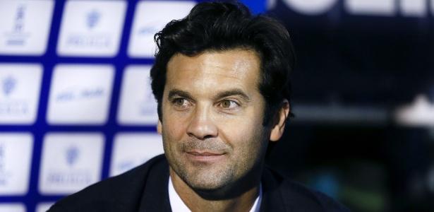 Solari agora tem contrato de treinador com o Real Madrid - EFE/Jose Manuel Vidal