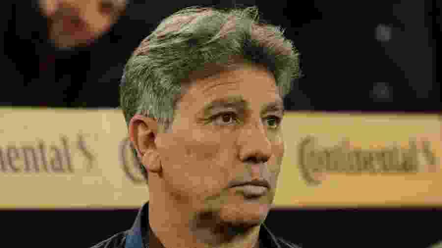 Renato Gaúcho, técnico do Grêmio, tentará corrigir os defeitos do time até a Libertadores - João Vitor Rezende Borba/AGIF