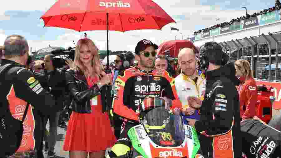 O motociclista italiano Andrea Iannone  - PETER PARKS / AFP